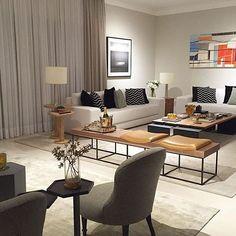 Uma composição linda só com mobiliário de primeira.  #estofados #like4like #instafollow #amazing #decor #decoration #designer #love #livingroom #living #homedecor #home #instadaily #arch #arquiteta