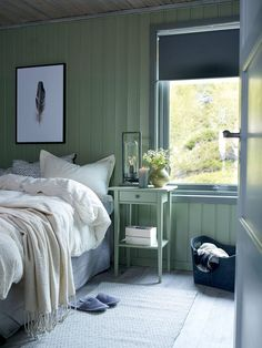 Soverommet vi ønsker oss nå – Happy Homes Norge Pretty Bedroom, Dream Bedroom, Home Bedroom, Cozy Small Bedrooms, Build My Own House, Swedish Cottage, Cottage Design, Love Home, Scandinavian Home