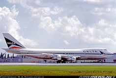 Boeing 747-132 aircraft picture