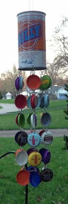 Hey, I found this really awesome Etsy listing at https://www.etsy.com/listing/230519273/vintage-billy-beer-bottle-cap-windchime