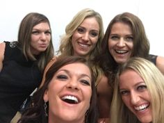 10/23/15 Via AceForJulia  ·  THIS PICTURE IS THE BEST! (Via Aga's FB page) #WTAFinals