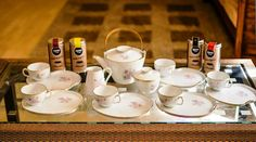17 pieces made in Japan fine bone china tea set. Big plates to hold tea cups and snacks together.