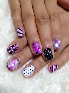 DIY Nail Art techniques What You Can Do With Nail Dotting Tool I want that 4 back to school to school! Fabulous Nails, Gorgeous Nails, Pretty Nails, Amazing Nails, Funky Nails, Love Nails, Crazy Nails, Nail Art Diy, Diy Nails
