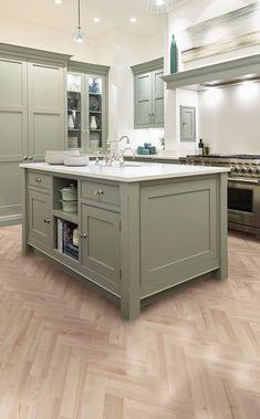Open Plan Kitchen Living Room, Kitchen Family Rooms, Kitchen Room Design, Kitchen Redo, Interior Design Kitchen, Kitchen Remodel, Green Kitchen Designs, Kitchen Ideas, Green Kitchen Island