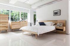 6534 라플란드 내추럴 모던 원목 침대 : 스칸디나비아 침실 by 시더스디자인그룹