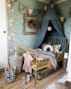 girl room decor Childrens room and childrens bedroom ideas Childrens Room Decor, Baby Room Decor, Bedroom Decor, Bedroom Ceiling, Kids Decor, Baby Room Boy, Child Room, Baby Baby, Cool Kids Rooms