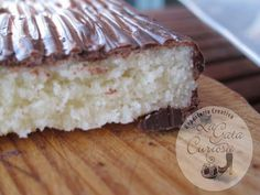Turron De Coco Y Chocolate Fruit Recipes, Desert Recipes, Mexican Food Recipes, Sweet Recipes, Granola, Chocolate Candy Recipes, Homemade Popsicles, Breakfast Cake, Cake Cookies