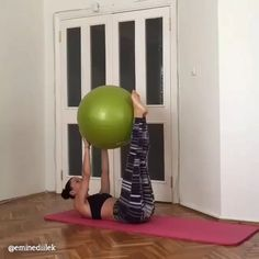 """19.6k Likes, 1,046 Comments - Home Workouts For You (@home.exercises) on Instagram: """"Ab workout  by @eminediilek 12 reps and 4 sets Tag a friend for motivation"""""""