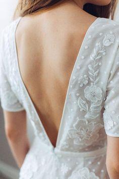 Elegant Wedding Gowns, Dream Wedding Dresses, Boho Wedding Dress, Boho Dress, French Wedding Dress, Elegant Dresses For Women, Fabulous Dresses, Beautiful Dresses, Wedding Jumpsuit