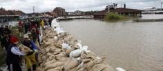 Serbia e Bosnia travolte da fiumi in piena, 20 vittime e migliaia di sfollati