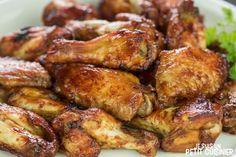 Comment élaborer des ailes de poulet rôties à la sauce barbecue, les classiques BBQ chiken wings américaines. C'est facile et c'est super bon !