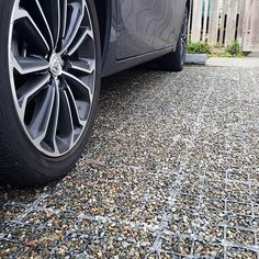 Welcome to VersiGrid Grass Pavers, Gravel Walkway, Driveway Landscaping, Driveway Ideas, Permeable Driveway, Driveways, Walkways, Modern Driveway, Pavement Design