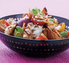 Det er nemt, hurtigt, billigt og sundt at lave wokmad, så gør det til en hverdagstradition!