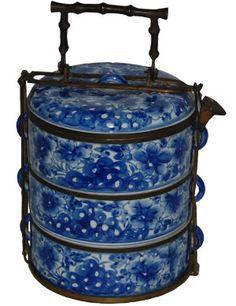 Blue and white tiffin box.