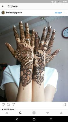 this is Prettiest Full Backhand Rose Bridal Mehndi Khafif Mehndi Design, Floral Henna Designs, Back Hand Mehndi Designs, Mehndi Designs Book, Mehndi Designs 2018, Modern Mehndi Designs, Mehndi Design Photos, Dulhan Mehndi Designs, Mehndi Designs For Hands