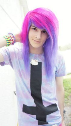 Vayne Xheart - pastel goth boy - long hair man