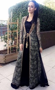 Pakistani Wedding and Party Dresses Online Ads Pakistan Party Wear Indian Dresses, Designer Party Wear Dresses, Pakistani Dresses Casual, Indian Fashion Dresses, Indian Gowns Dresses, Party Dresses Online, Kurti Designs Party Wear, Pakistani Bridal Dresses, Dress Indian Style