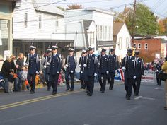 Weekends on Wednesdays   Veteran's Day Parades in Ellicott City and Brunswick   This Weekend: 2015 Maryland Irish Festival (Timonium)The MD Irish Festival features traditional Irish food drinks dance and music in addition to children's activities cultural exhibits and vendor. 24th Annual Annapolis by Candlelight (Annapolis)Take advantage of this once a year opportunity to peek inside some of the finest homes in Annapoliss Historic District. Howard County Crafts Spectacular (West…