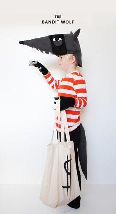 Cheap and easy bandit wolf costume for your kiddo this Halloween. Halloween Kostüm, Cool Costumes, Halloween Costumes For Kids, Children Costumes, Vintage Halloween, Halloween Makeup, Fancy Dress, Dress Up, Halloween Disfraces