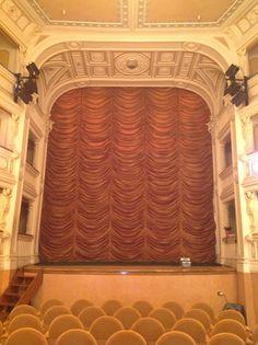 Vista del palco dalla platea.