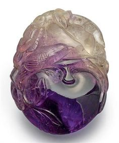 Chinese Carving Amethyst: extremely powerful protective stone, aids against psychic attacks, blocks stress, promotes calming or can stimulate where appropriate | #perspicacityparty #magicgeodes #Amethyst