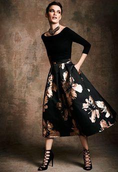 Un toque de glamour: zapatos y falsa midi