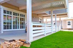 Ограждение террасы каркасного деревянного дома