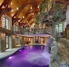 Planning on building your own indoor pools on your home? Then you will need some inspirations and ideas, let's take a look at these pictures of indoor pools below. Luxury Swimming Pools, Indoor Swimming Pools, Dream Pools, Swimming Pool Designs, Swiming Pool, Amazing Swimming Pools, Luxury Pools, Indoor Tree House, Indoor Trees