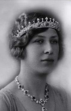 Mary, Princess Royal and Countess of Harewood, wearing Queen Victoria's Sapphire Circlet, United Kingdom (before 1840; designed by Prince Albert; sapphires, diamonds).