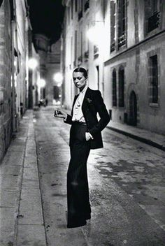 Helmut Newton at the Annenberg Space for Photography