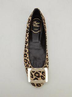 Roger Vivier leopard buckle flats  RogerVivier Scarpe Sandali 3c1c3706055e