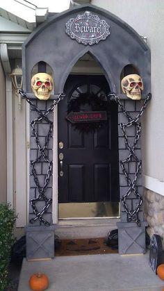 DIY Halloween Arch -  Halloween Decorating Ideas