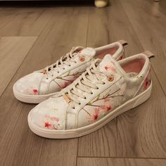 4109209d04ca Ted Baker Floral Trainers 🌼 size 7