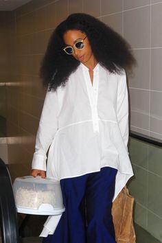 girlsinspo:  celebritiesofcolor:  Solange Knowles at LAX  http://girlsinspo.com/
