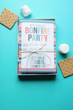 How to Host a Smores Party (+ Free Bonfire Invitation! Smores Sticks, Smores Kits, Diy Birthday Invitations, Diy Crafts For Adults, Balloon Decorations Party, Super Party, 16th Birthday, Birthday Fun, Birthday Ideas
