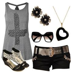 A great summer outfit. I would love to wear this in the hot weather right now.
