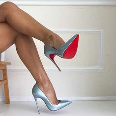 (15) Home / Twitter Sexy Legs And Heels, Sexy High Heels, Stockings Heels, Nylon Stockings, Red Bottom Heels, Silver High Heels, High Sandals, Perfect Legs, Beautiful Heels