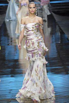 Valentino Spring 2008 Couture Fashion Show - Natalia Vodianova