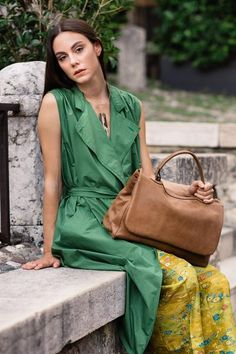 Granada is an exclusive collection of Gianni Segatta, Venetian artisan designer who goes beyond the standards and creats unique hand-crafted bags using the fine Del Conte, Simple Lines, Exclusive Collection, Italian Leather, Venetian, Artisan, Unique, Inspiration, Beautiful
