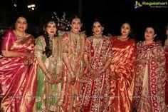 More khada dupatta