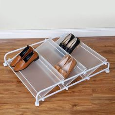 Incredible Shoe Rack Ideas - Dandj Home - Unique shoe storage ideas wall for your cozy home Best Picture For bedroom diy For Your Taste You - Under Bed Shoe Storage, Diy Storage, Storage Ideas, Organisation Ideas, Diy Rangement, Bedroom Organization Diy, Trendy Bedroom, Diy Bedroom, Bedroom Inspo