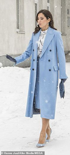 Crown Princess Mary of Denmark didn't let a light snowfall faze her on day two of her state visit to Latvia with a wander around a picturesque snowy courtyard where she keeps her stilettos on even in the snow. Princess Marie Of Denmark, Royal Princess, Crown Princess Mary, Meeting Outfit, Princess Closet, Queen Margrethe Ii, Casa Real, Danish Royal Family, Royal Engagement