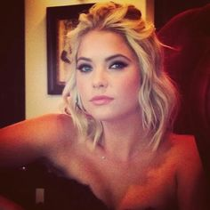 Ashley Benson (Hanna Marin) behind the scenes of Pretty Little Liars. #PLL