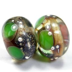 #bmecountdown Soul Journey Encased Glass Lampwork Bead Pair Green Dots Silver - Click Image to Close