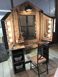 Great for makeup storage and other beauty items. Cowgirl Bedroom, Western Bedroom Decor, Western Rooms, Western Decor, Country Teen Bedroom, Room Ideas Bedroom, Home Bedroom, Wooden Vanity, Rustic Makeup Vanity