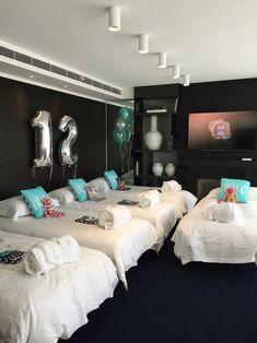 ig/pinterest: @kemsxdeniyi Hotel birthday party