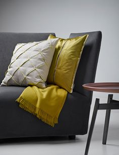SAHCO Home Collection / SOLICE cushion, COSMO cushion pleats, CASHMERE plaid