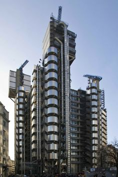 Llyod's Building | 1978-1986 | London, England | Richard Rogers Partnership