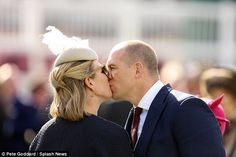 Zara Phillips and Mike Tindall at the races 4-11-15