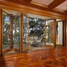 I LOVE these doors that open up the whole room to your outdoor patio